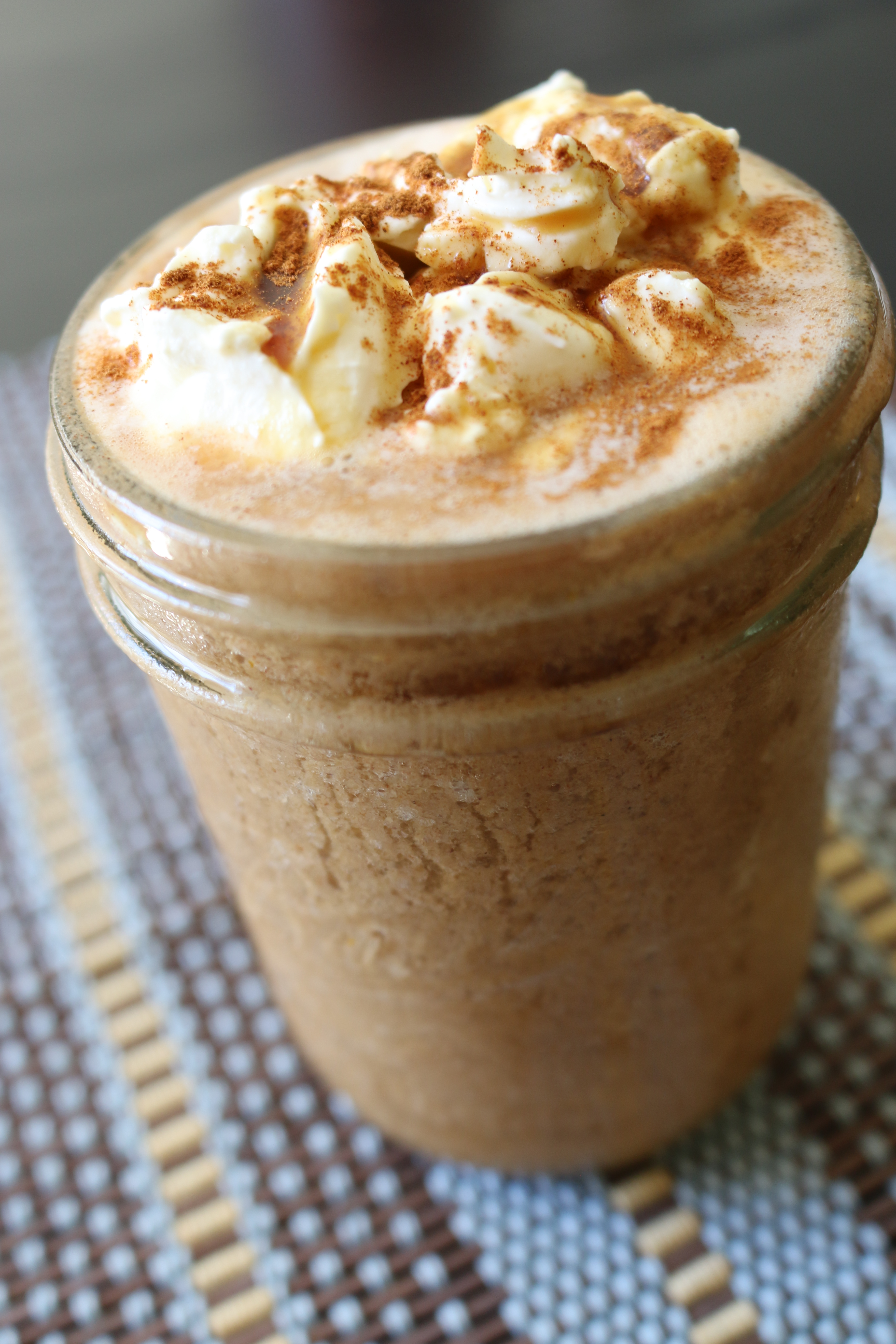 Pumpkin Skinny Spice Latte (Iced and Hot) | The Skinny Spice